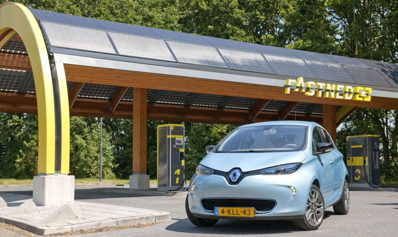 Fastned Verlaagt Oplaadtijd Renault Zoe
