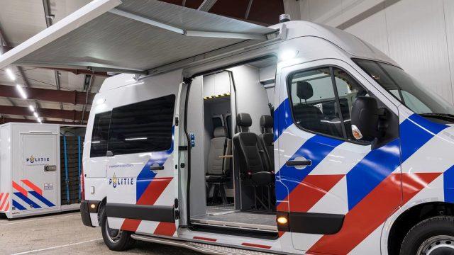 Renault Master politie rechter zijaanzicht