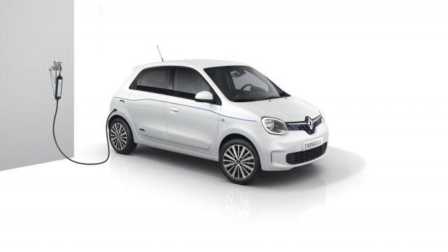Renault TWINGO Electric driekwart voor studio