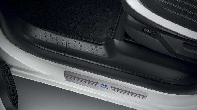 Renault TWINGO Electric stootlijsten