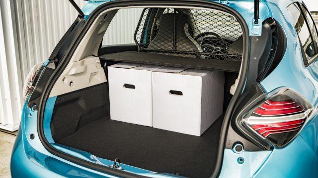 Renault ZOE Cargo bagageruimte met twee dozen