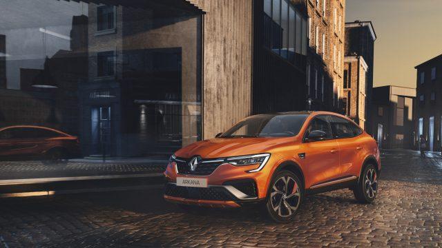 Renault ARKANA E-TECH Hybrid driekwart voor