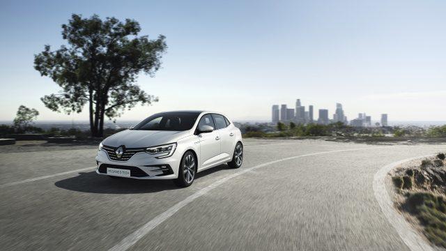 Renault MEGANE Hatchback E-TECH Plug-in driekwart voor