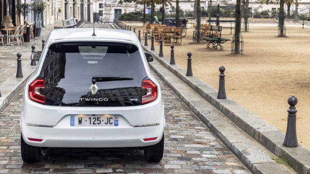 Renault TWINGO Electric voor en achteraanzicht