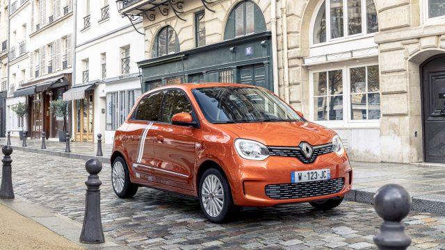 Renault TWINGO Electric oranje schuinvoor