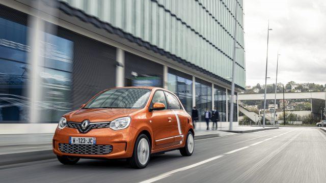 Oranje Renault TWINGO Electric driekwart voor