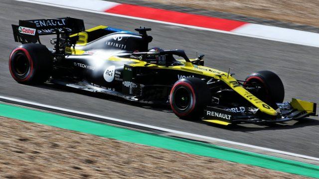 Renault coureur in Formule 1 auto tijdens Grand Prix