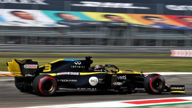 Daniel Ricciardo in zijn Formule 1 auto tijdens de Heineken Italiaanse Grand Prix